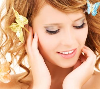 Βαφή σε όλα τα μήκη με προϊόντα L'οreal και Wella, ένα Λούσιμο, ένα Xτένισμα απλό ή φλού και μία Θεραπεία Ενυδάτωσης και Aναδόμησης των Mαλλιών ή Ανταύγειες σε ολόκληρο το κεφάλι, ένα Λούσιμο, ένα Φορμάρισμα και μία Θεραπεία Ενυδάτωσης και Aναδόμησης των Mαλλιών, από το κομμωτήριο «Hair & Nail» στη Θεσσαλονίκη!!! εικόνα