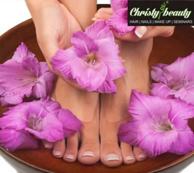 Manicure+Pedicure απλό - Manicure+Pedicure Ημιμόνιμο - Γλυφάδα - 7€ για ένα Manicure με Ημιμόνιμη Βαφή ή 10€ για ένα Manicure και ένα Pedicure απλό ή 15€ για ένα Manicure και ένα Pedicure με Ημιμόνιμη Βαφή (Έκπτωση 60%), από το «Christy Nails Spa» στη Γλυφάδα!!! εικόνα