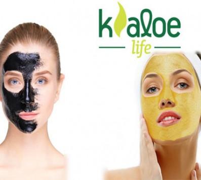 2 Θεραπείες Προσώπου Black & Gold Mask Peel Off - Κολωνάκι - 12€ από 80€ (Έκπτωση 85%) για για 2 Ολοκληρωμένες Θεραπείες Προσώπου 35 & 25 λεπτών για απολέπιση, καθαρισμό, ενυδάτωση, αντιγήρανση, σύσφιξη, λείανση και ανόρθωση με την διάσημη πλέον Black Mask Peel Off της Kaloe και την νέα θαυματουργή Gold Mask Peel Off! Προσφέρεται και γνήσιος, ελληνικός, φυσικός και βιολογικός χυμός αλόης Kaloe σε 4 διαφορετικές γεύσεις (λεμόνι, φράουλα, μαστίχα, κρόκο), για φυσική αποτοξίνωση του οργανισμού, στoν ολοκαίνουργιο χώρο της «Kaloe Life» στο Κολωνάκι πλησίον στάσης μετρό 'Σύνταγμα'!!! εικόνα