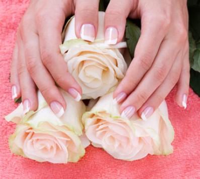 Manicure Ημιμόνιμο - Manicure Ημιμόνιμο| Pedicure Περιστέρι - 7€ για ένα Manicure με Ημιμόνιμη Βαφή επιλογής από απλό ή γαλλικό ή 9€ για ένα Manicure απλό ή γαλλικό και ένα Pedicure express (Έκπτωση 67%), από το «Beauty Passion» στο Περιστέρι!!! εικόνα