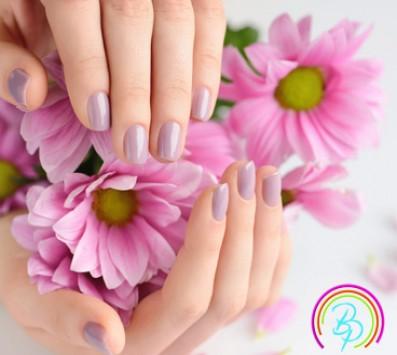 Ημιμόνιμο Manicure με απλή βαφή - Ημιμόνιμο Manicure|Ημιμόνιμο Manicure+Pedicure+Aποτρίχωση Αργυρούπολη - 9€ για ένα Ημιμόνιμο Express Manicure επιλογής από απλό ή γαλλικό ή 17€ για ένα Ημιμόνιμο Manicure επιλογής από απλό ή γαλλικό, ένα express Pedicure και μια Αποτρίχωση Άνω Χείλους (Έκπτωση 53%), από το «Beauty Planet» στην Αργυρούπολη κοντά στο μετρό!!! εικόνα