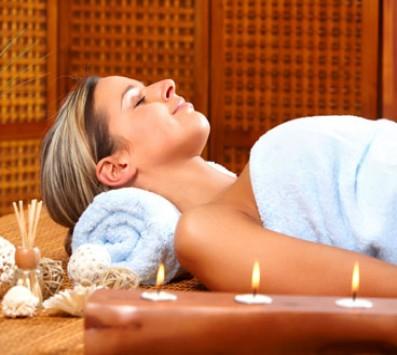 Πολυτελής Περιποίηση Σώμα+Πρόσωπο-Σύνταγμα - 30€ από 200€ (Έκπτωση 85%) για ένα μοναδικό πακέτο VIP Golden Luxury που περιλαμβάνει: ένα VIP Golden Relax Therapy σώματος και μια Αντιρυτιδική θεραπεία προσώπου με βλαστοκύτταρα συνολικής διάρκειας 3 ωρών, από τον υπερπολυτελή χώρο του «Medi Natural Beauty» στο Σύνταγμα, κοντά στο Μετρό!!! Δώστε στον εαυτό σας και στα αγαπημένα σας πρόσωπα την πολυτέλεια και τη φροντίδα που σας αξίζει! εικόνα