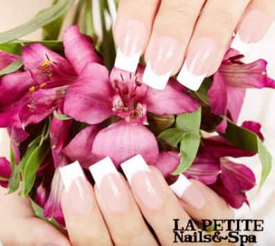 Τεχνητά Νύχια+Αφαίρεση - Παγκράτι - 24€ από 48€ (Έκπτωση 50%) για Τοποθέτηση Τεχνητών Νυχιών με τζελ ή ακρυλικό με tips ή φόρμα σε χρωματιστό ή γαλλικό και Αφαίρεση των τεχνητών νυχιών, από το ολοκαίνουργιο «La Petite Nails and Spa» στο Παγκράτι!!! εικόνα