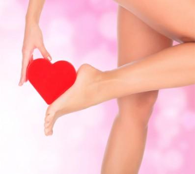 Αποτρίχωση Πόδια +Μπικίνι Σεπόλια - 15€ από 50€ (Έκπτωση 70%) για μία Αποτρίχωση με Κερί στις περιοχές Full Πόδια, Πλαϊνό Μπικίνι, Αποτρίχωση Προσώπου με κλωστή και ένα Σχηματισμό Φρυδιών, από το Κέντρο αισθητικής «D Nails» στα Σεπόλια!!!