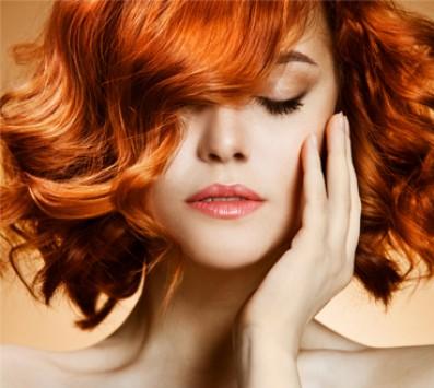 Βαφή+Λούσιμο+Χτένισμα| Μαρούσι - 23€ από 55€ (Έκπτωση 58%) για μια Βαφή Ρίζας, μια Θεραπεία Βαθίας Ενυδάτωσης, ένα Λούσιμο και ένα Χτένισμα ίσιο ή φλού, από το κομμωτήριο των επωνύμων «Wavy's Cheap n Chic» στο Μαρούσι που εγγυάται hair styling με ξεχωριστό χαρακτήρα με το look της Αγγλίδας και με εξειδικευμένο προσωπικό από τα Vidal Sasson London και από τα Toni & Guy Academy!!! εικόνα