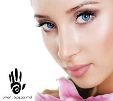 Θεραπεία Βαθιάς Ενυδάτωσης|Χαλάνδρι - 9€ από 65€ (Έκπτωση 86%) για μια Θεραπεία Βαθιάς Ενυδάτωσης λάμψης και αναδόμησης με ιατρικό υπέρηχο σε συνδυασμό με εκχύλισμα υαλουρονικού οξέος και βιολογικού κολλαγόνου ΚΑΙ μια θεραπεία ματιών (eyetreatment) με μικροσφαιρίδια θαλασσινού κολλαγόνου και εκχύλισμα quarana και αλόης για οιδήματα και μαύρους κύκλους, από το ολοκαίνουριο «Unani Biospa» στο Χαλάνδρι!!! εικόνα