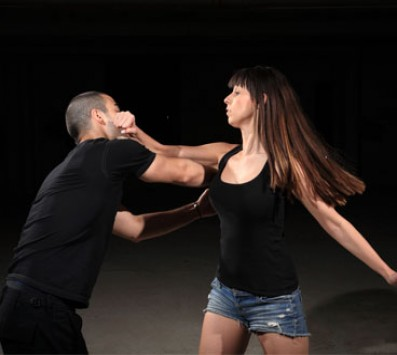 Μαθήματα Αυτοάμυνας Για Γυναίκες-Πετρούπολη - 12€ από 40€ (Έκπτωση 70%) για Ένα Μήνα Μαθήματα Αυτοάμυνας Krav Maga, από τον Αθλητικό Γυμναστικό Σύλλογο «Γαλαξία» στην Πετρούπολη!!! εικόνα
