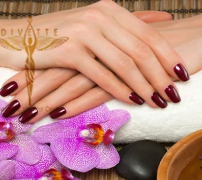 Ημιμόνιμο Manicure - Γλυφάδα - 11€ από 22€ (Έκπτωση 50%) για ένα Ολοκληρωμένο Manicure με Ημιμόνιμη Βαφή! Στο νέο υπερπολυτελές και μοντέρνο χώρο του πολυχώρου «Divette Aesthetic Medical Centre» στην Γλυφάδα!!! εικόνα