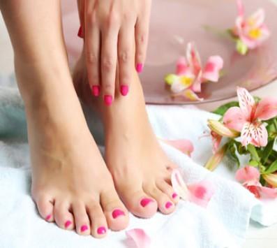 Manicure Ημιμόνιμη Βαφή - Manicure | Pedicure Ημιμόνιμο - Μεταμόρφωση - 8€ για ένα Manicure με Ημιμόνιμη Βαφή ή 12€ για ένα Pedicure με Ημιμόνιμη Βαφή (Έκπτωση 52%), από τον ολοκαίνουριο χώρο «Glorious Nails by Vaso» στη Μεταμόρφωση!!! εικόνα